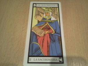 la sacerdotisa en un importante arcano del tarot