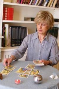 Paloma, experta en tarot de Marsella