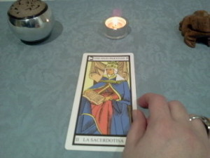significado de la sacerdotisa en una lectura de tarot
